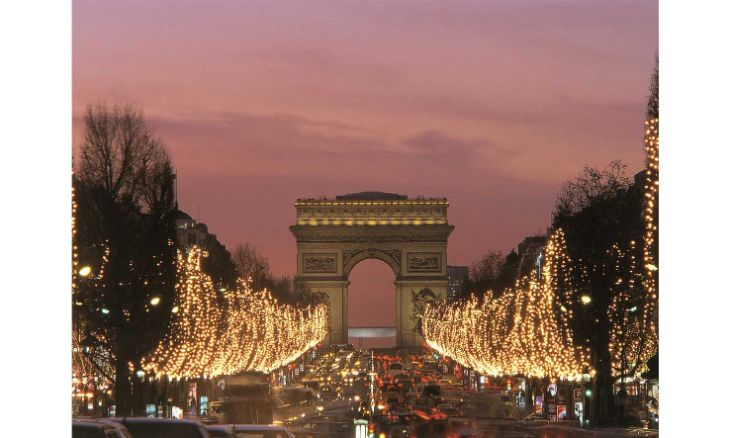 The Christmas lights of Paris